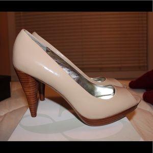 Peep toe summer heels